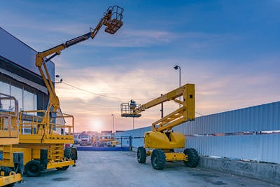 Articulated vs Telescopic Boom Lifts: What's the Difference?