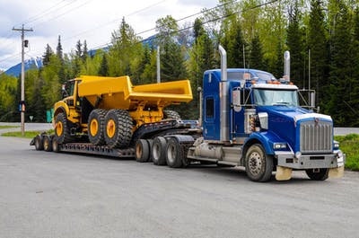 The Best Ways to Transport Construction Equipment