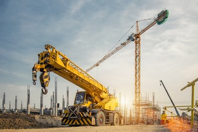 6 Things to Know Before Hiring a Crane