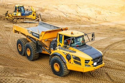 2021 Dump Truck Hire Rates: How much are average rental prices?