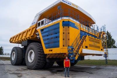 Top 5 World's Biggest Mining Dump Trucks