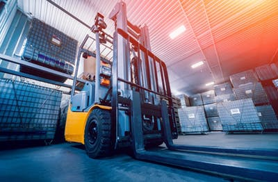 5 Things to Know Before Hiring a Forklift
