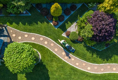2021 Landscaping Cost Guide: How much does a landscaper cost?